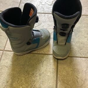 Other - Thirtytwo Kids Boots - Size 4